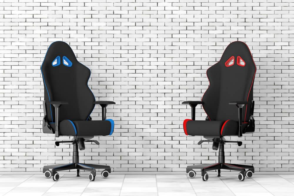 dos-sillas-gamer-silla-azul-y-silla-roja